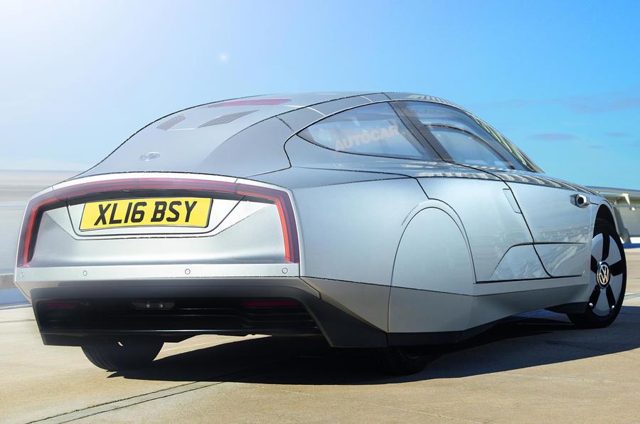 VW plans four-seat XL1