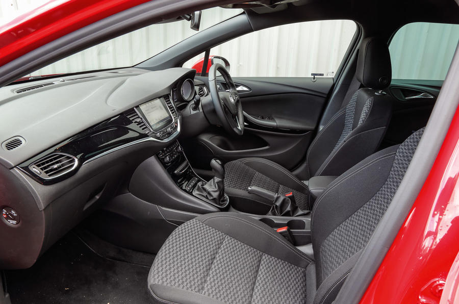 Vauxhall Astra Sports Tourer interior