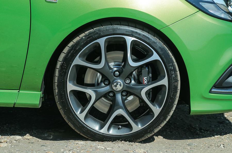 18in Vauxhall Corsa VXR alloy wheels