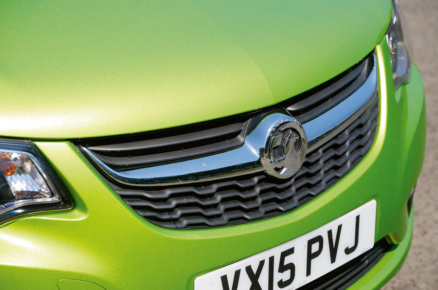Vauxhall Viva front grille