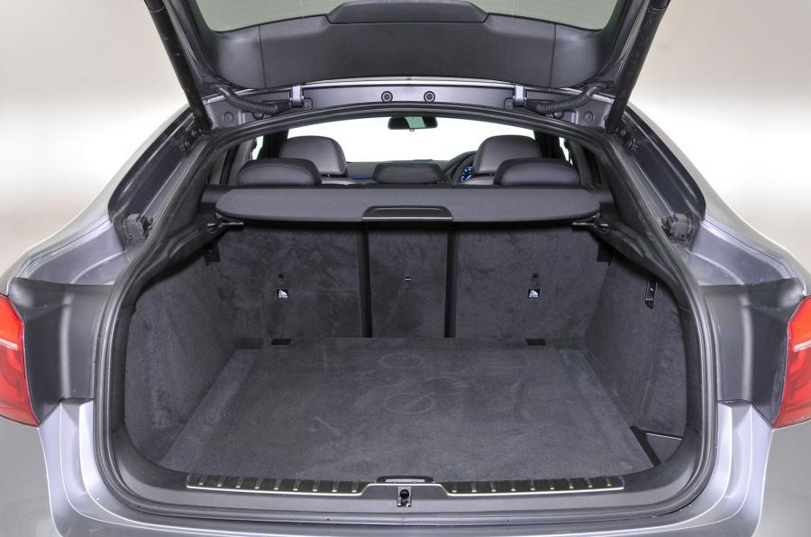 BMW X6 boot space