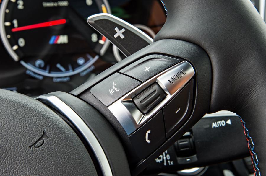 BMW X6 M's steering wheel controls