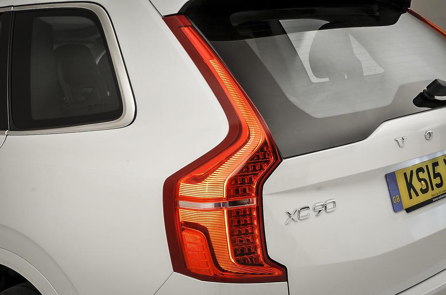 Volvo XC90 rear lights