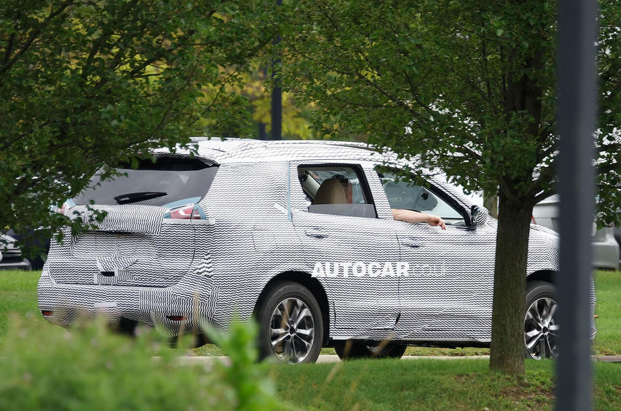 New Nissan X-Trail revealed