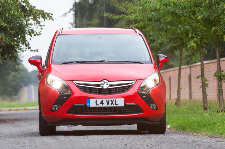 Vauxhall Zafira Tourer front end