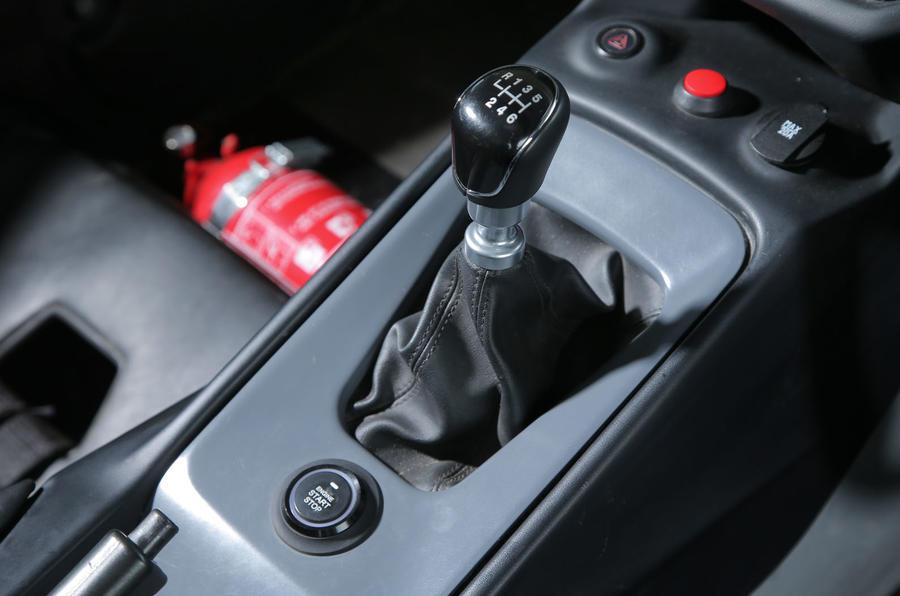 Zenos E10 S manual gearbox