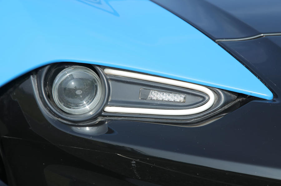 Zenos E10 S headlight
