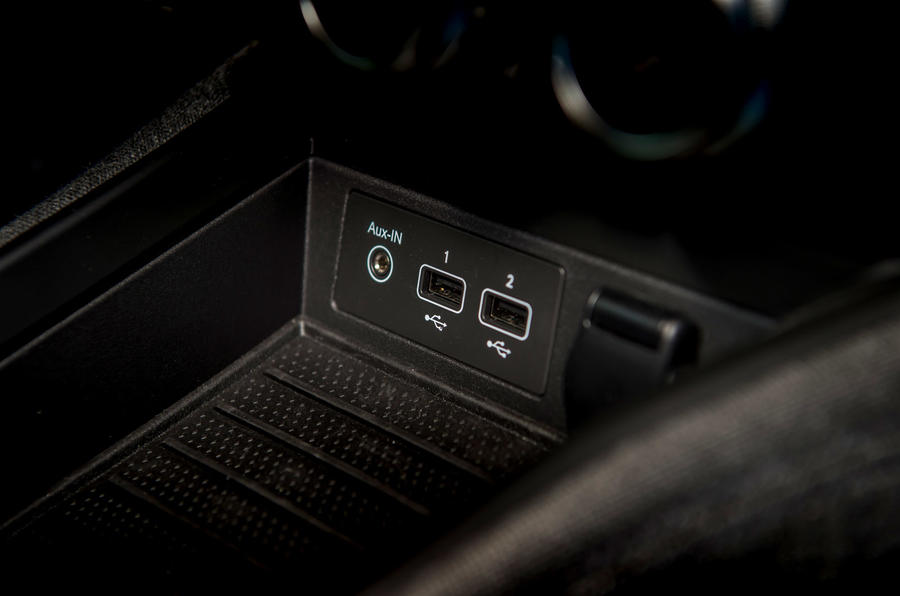 Renault Zoe 2020 road test review - USB ports