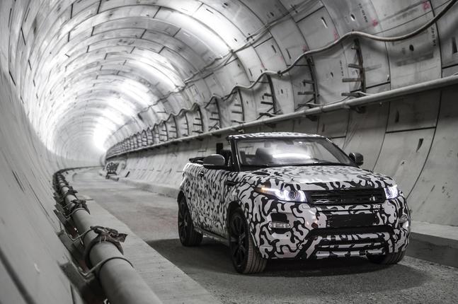 Range Rover Evoque Convertible confirmed at Geneva motor show