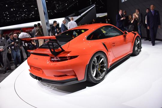 New Porsche 911 GT3 RS packs 493bhp