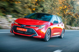 Toyota Corolla hybrid hatchback 2019 road test review - hero front