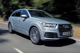 The second generation Audi Q7