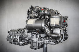Mercedes diesel engine tech