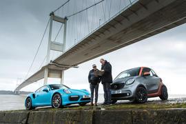Porsche 911 Turbo S vs Smart Fortwo