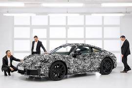 2019 Porsche 911 992 previewed ahead of 2018 reveal