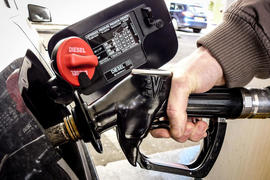 UK fuel stations overcharging motorists by 'at least' 5p per litre