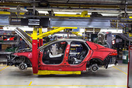 UK car manufacturing hits 17-year high thanks to growing exports