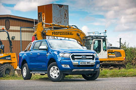 Ford Ranger parked - front