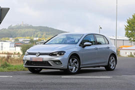 mk8 VW Golf GTE undisguised