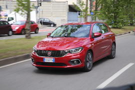 2016 Fiat Tipo Lounge 1.4 T-Jet