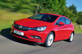 Seventh generation Vauxhall Astra review hero front