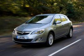 Vauxhall Astra 2009-2015