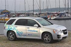 GM hydrogen car by 2012