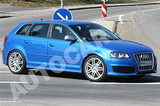 Audi RS3 spied testing