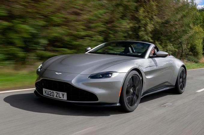 aston martin vantage roadster 2020 uk fd hero front