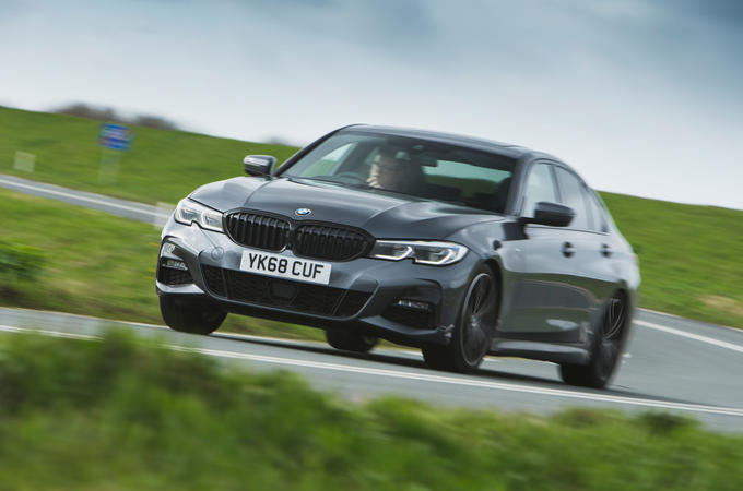 BMW 3 Series 330i 2019 UK review - hero front