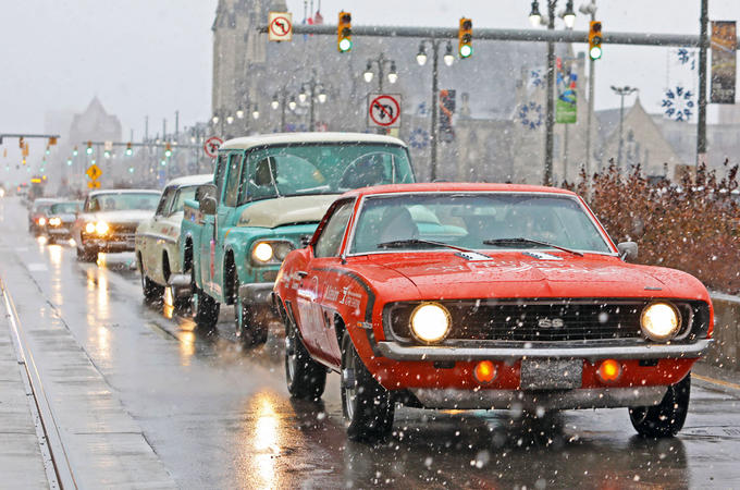 Detroit motor show 2019 - muscle cars in the snow