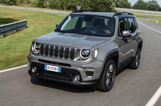 Jeep Renegade 4xe front