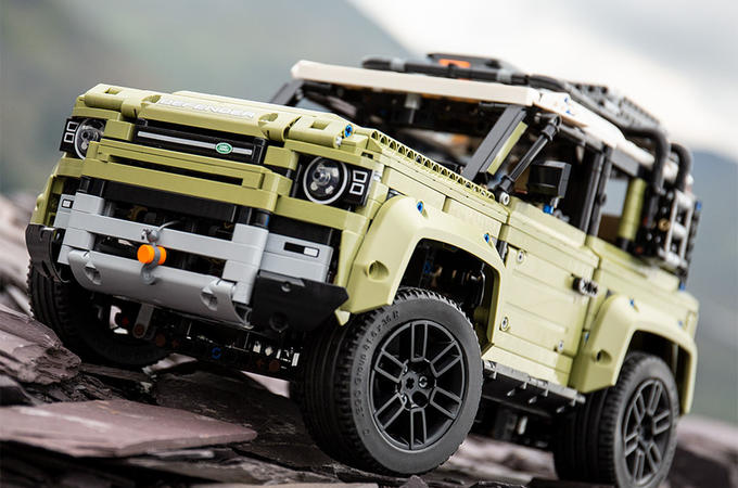 2019 Lego Land Rover Defender revealed
