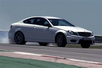 Mercedes C63 AMG Coupe video review