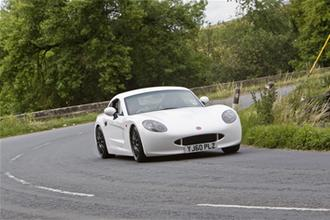 Ginetta G40 video review feature