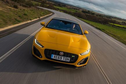 Jaguar F-Type Coupe 2020 video review
