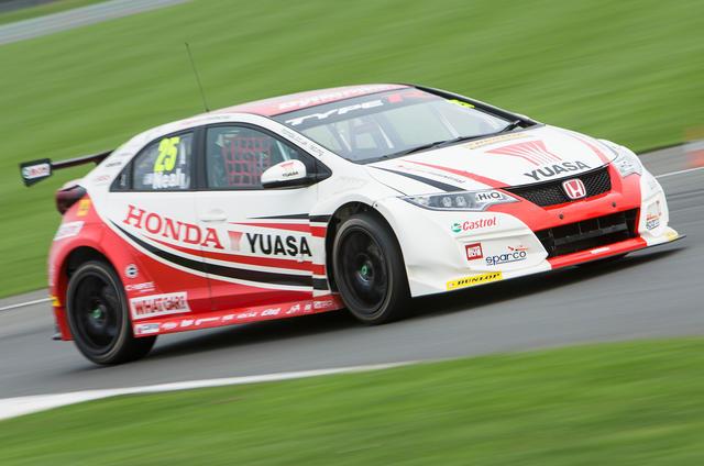 2015 Honda Civic Type R BTCC racer
