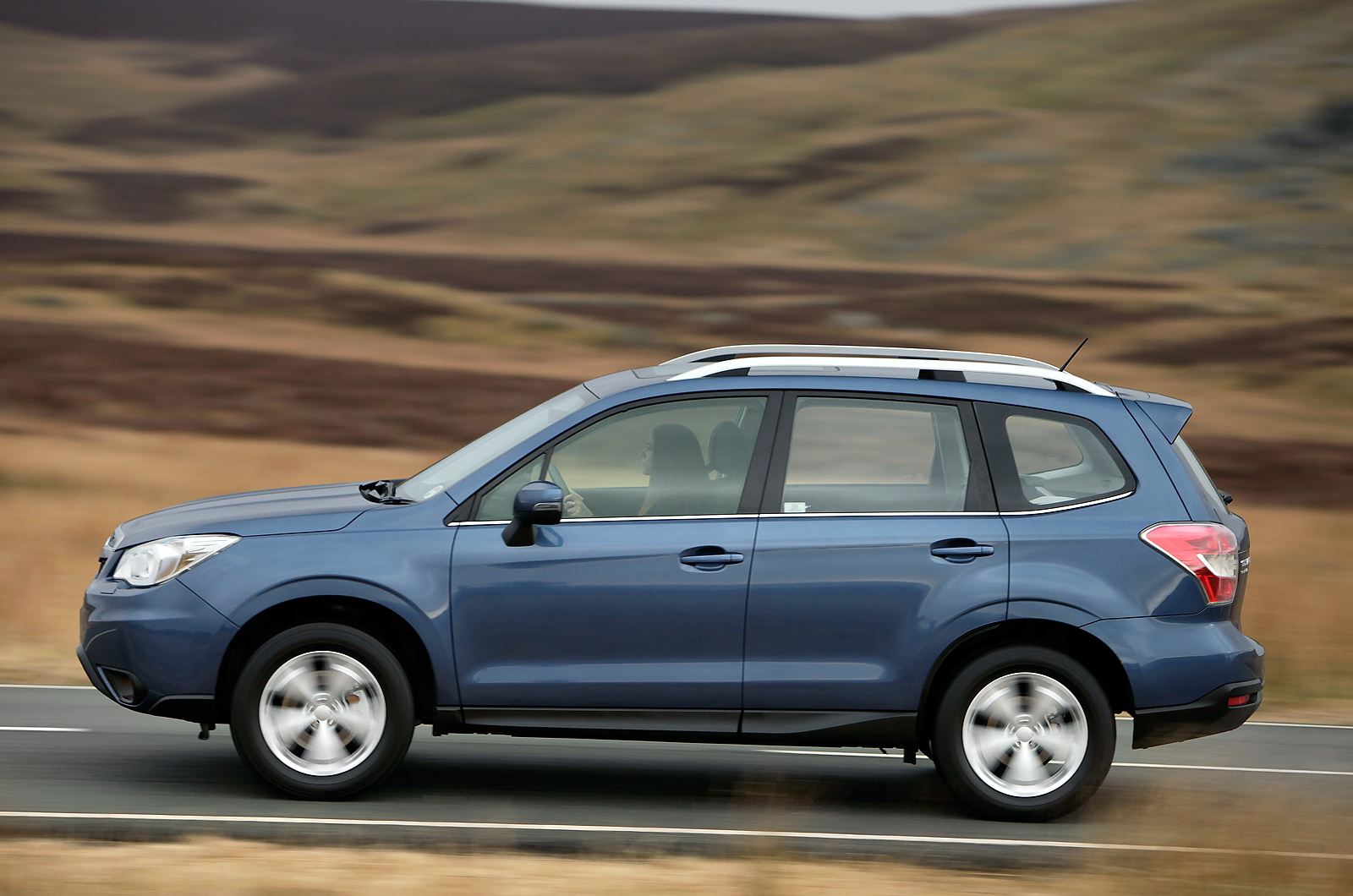 2013 subaru forester 2 0d xc first drive review review autocar. Black Bedroom Furniture Sets. Home Design Ideas