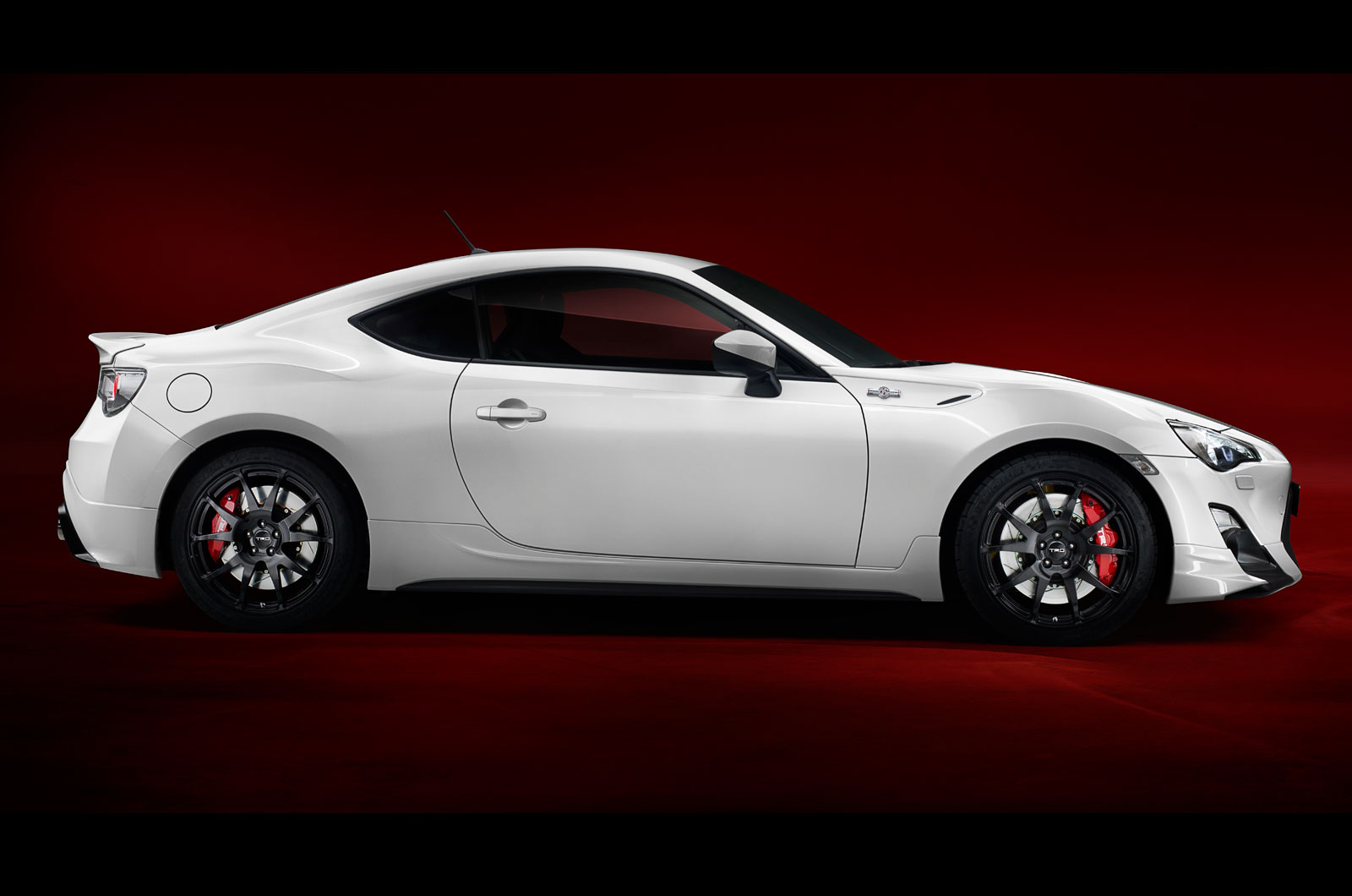 http://images.cdn.autocar.co.uk/sites/autocar.co.uk/files/toyota-gt86-trd-5.jpg