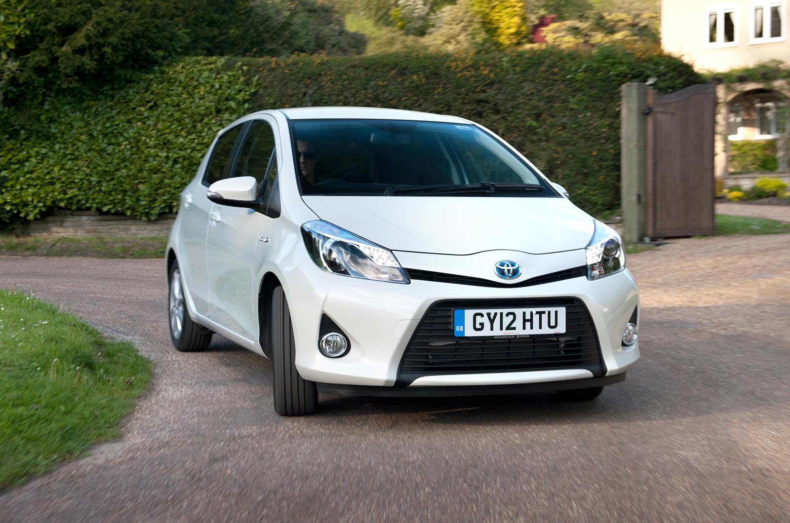 Toyota Yaris Hybrid first UK drive