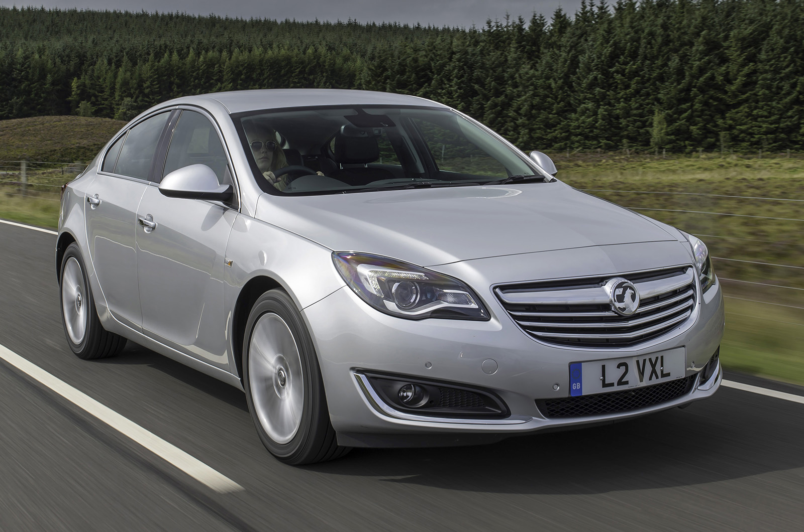 vauxhall insignia review autocar. Black Bedroom Furniture Sets. Home Design Ideas