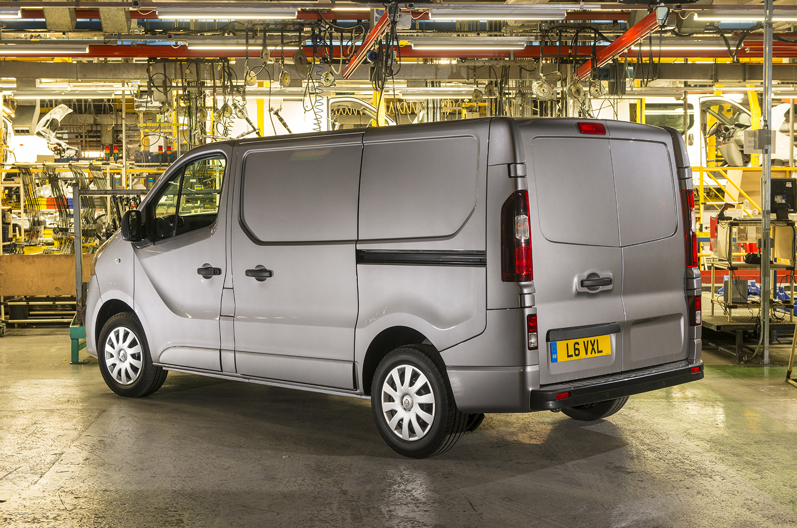 new vauxhall vivaro and renault trafic vans to launch this summer autocar. Black Bedroom Furniture Sets. Home Design Ideas