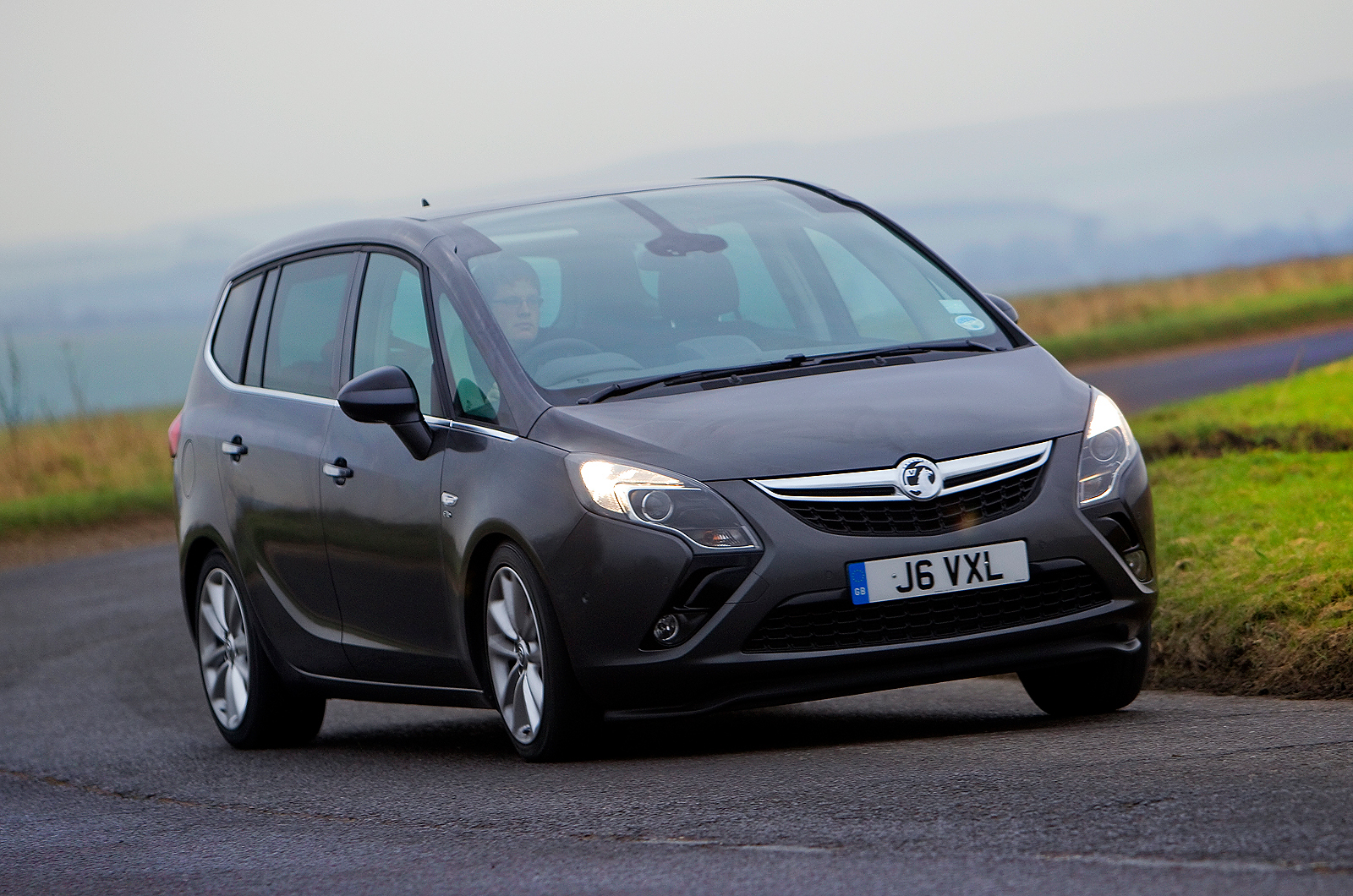 vauxhall zafira tourer review design autocar. Black Bedroom Furniture Sets. Home Design Ideas