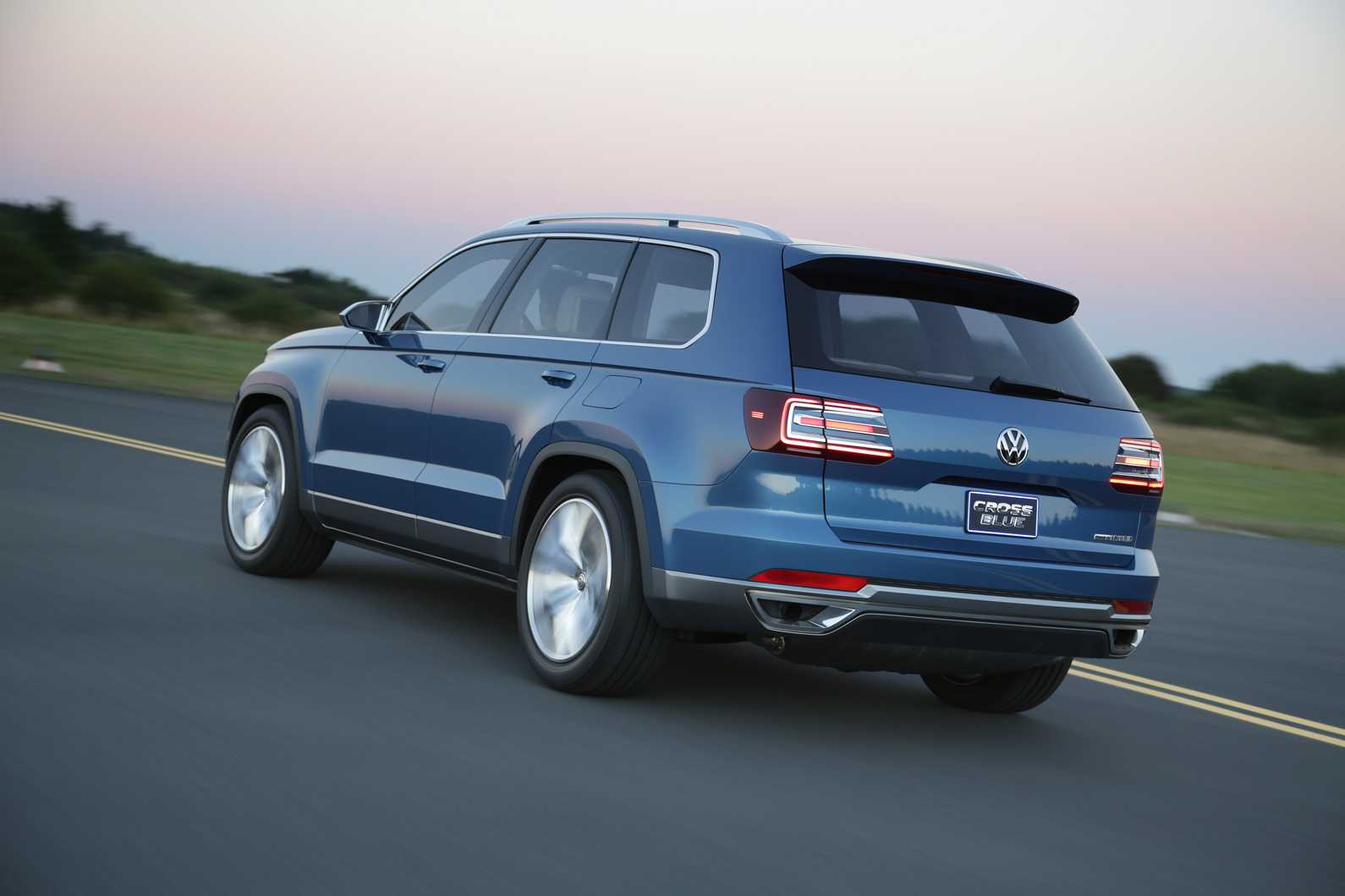 Volkswagen CrossBlue concept first drive