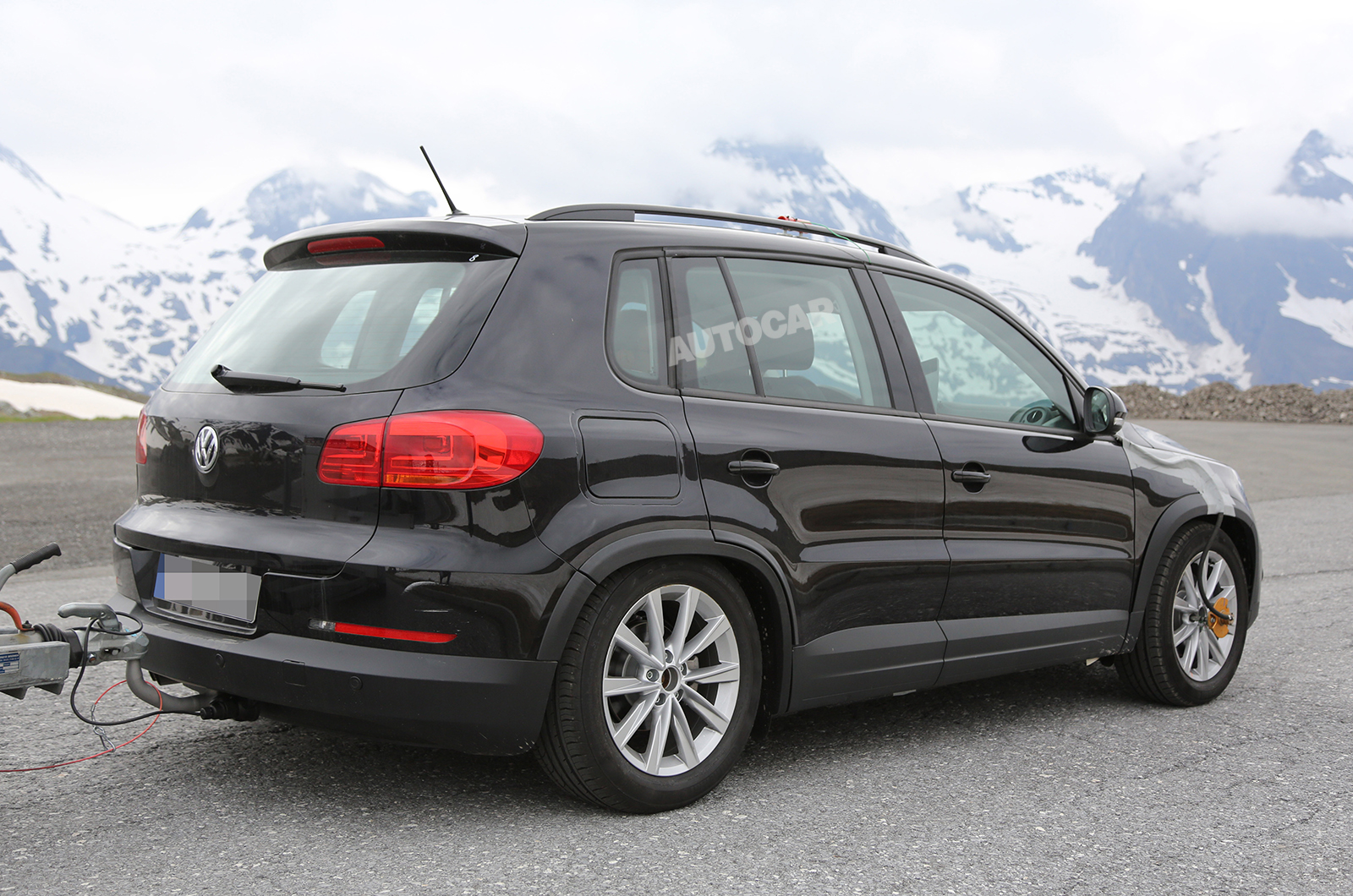 Volkswagen Tiguan II на дорожных испытаниях