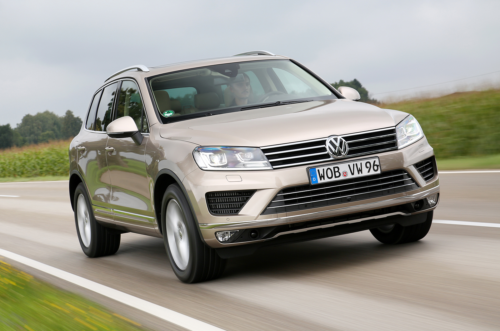 Volkswagen Touareg V6 Tdi Scr Bluemotion Technology 4motion First Drive Review Autocar