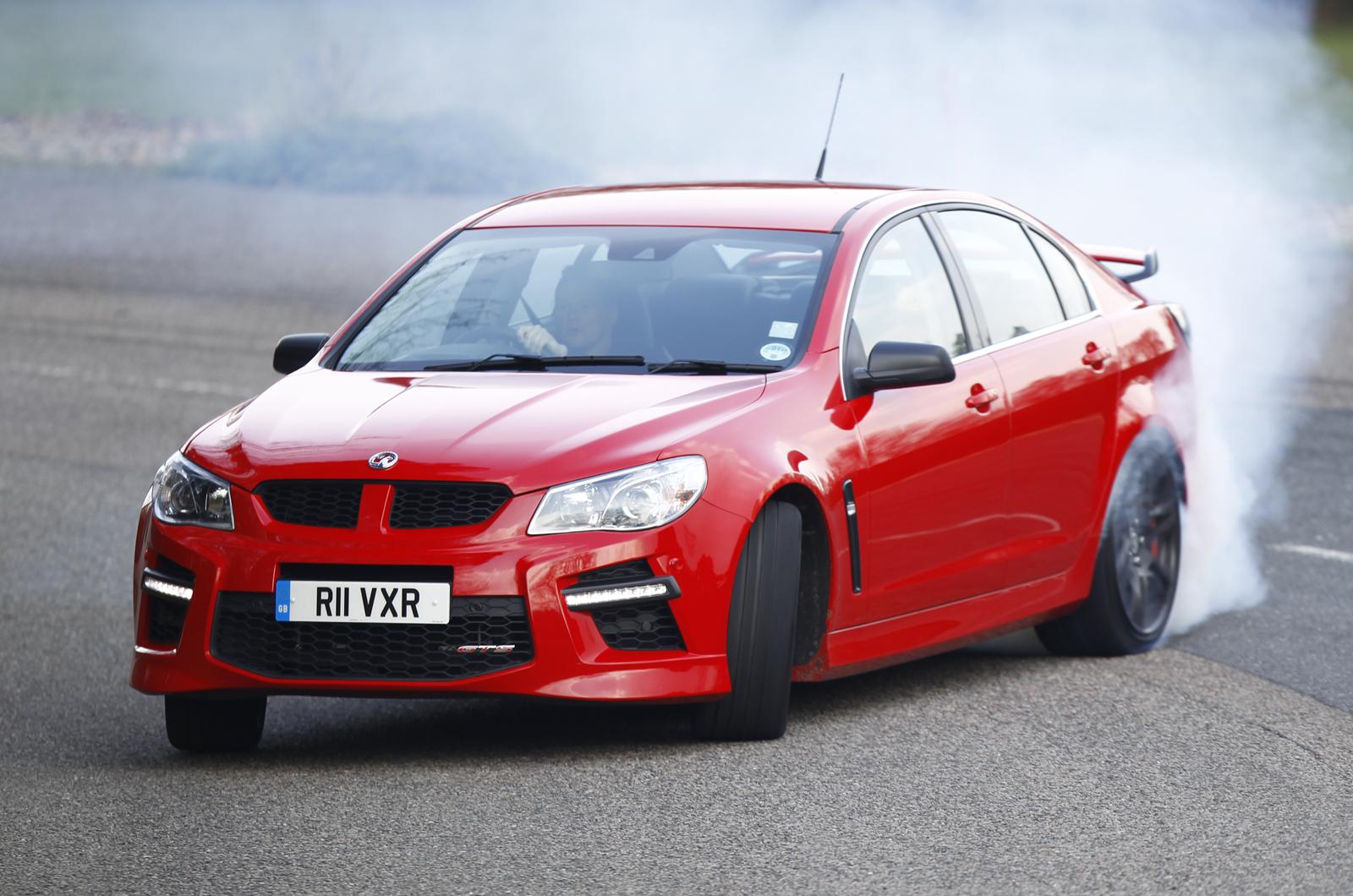 Vauxhall vauxhall vxr8 estate : Vauxhall VXR8 GTS Review (2017) | Autocar