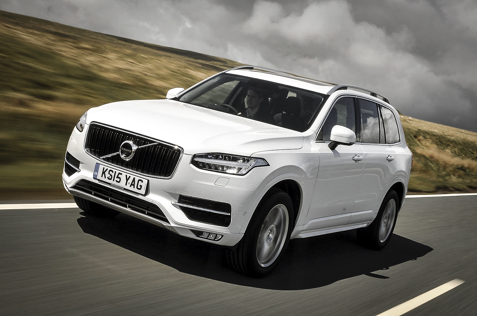 motortrend suv inscription wins of awd view forums volvo year award interior the
